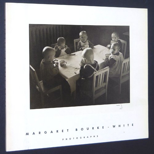 Margaret Bourke-White. 1904-1971. Photographs. Introduction by Terrence Heath. - Corkin, Jane (Hrsg.).
